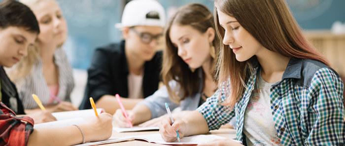 Estudantes estrangeiros vão ter entrada facilitada em Portugal